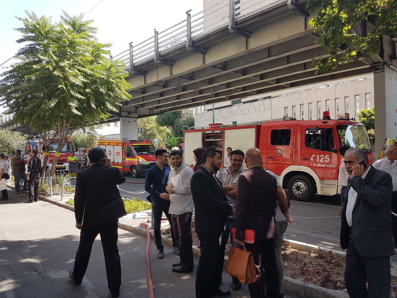 آتش سوزی در ساختمان مرکزی وزارت نفت مهار شد