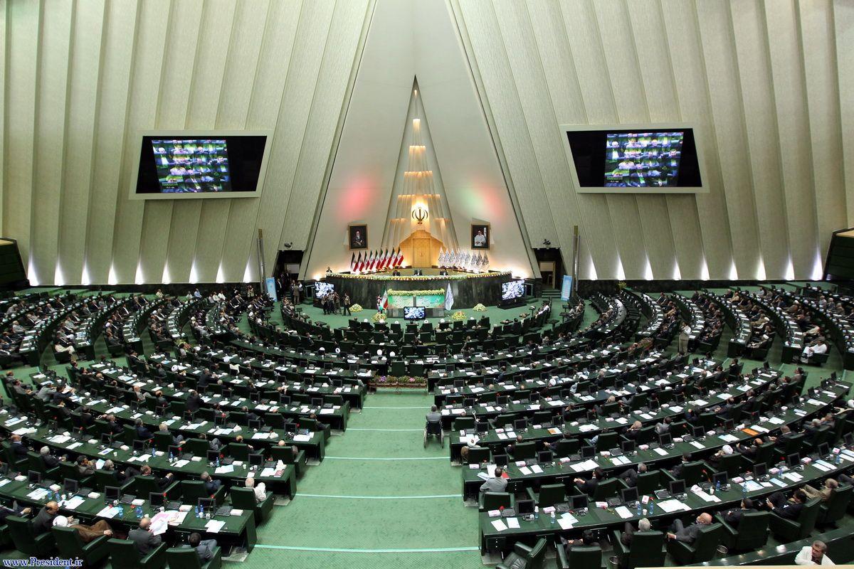 علیرضا رحیمی، عضو فراکسیون امید: ظریف، قاضیزاده هاشمی و زنگنه بالاترین رای را میگیرند