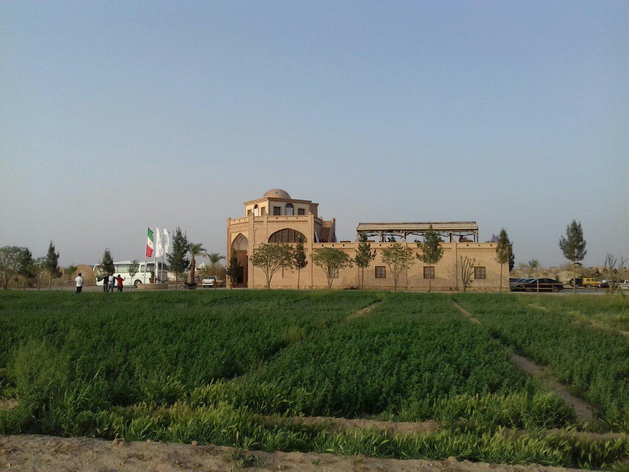 اکوکمپ متینآباد؛ جایی برای لذت بردن از کویر
