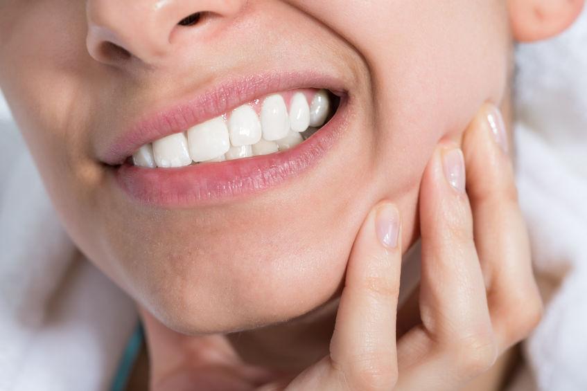 راهکار طب سنتی برای تسکین دنداندرد