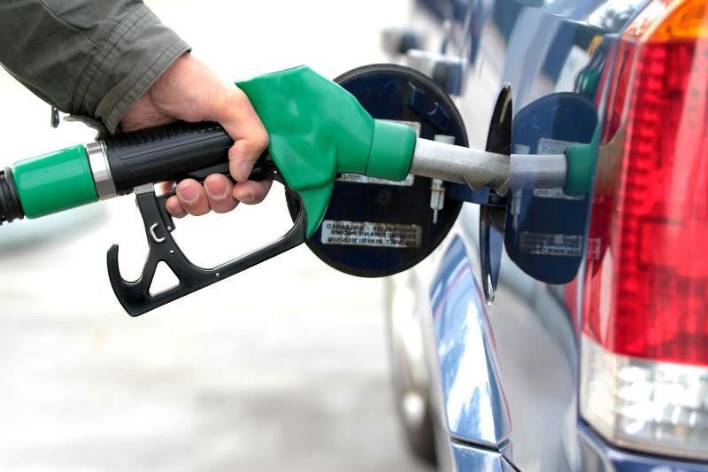 تکلیف سهمیهبندی بنزین چه شد؟