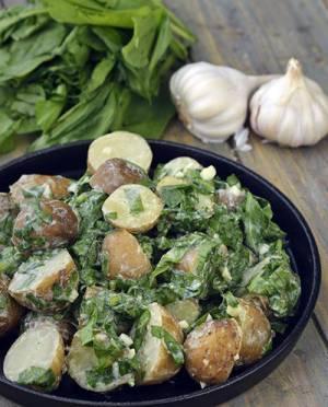 آشپزی/ طرز تهیه سالاد سیب زمینی و اسفناج