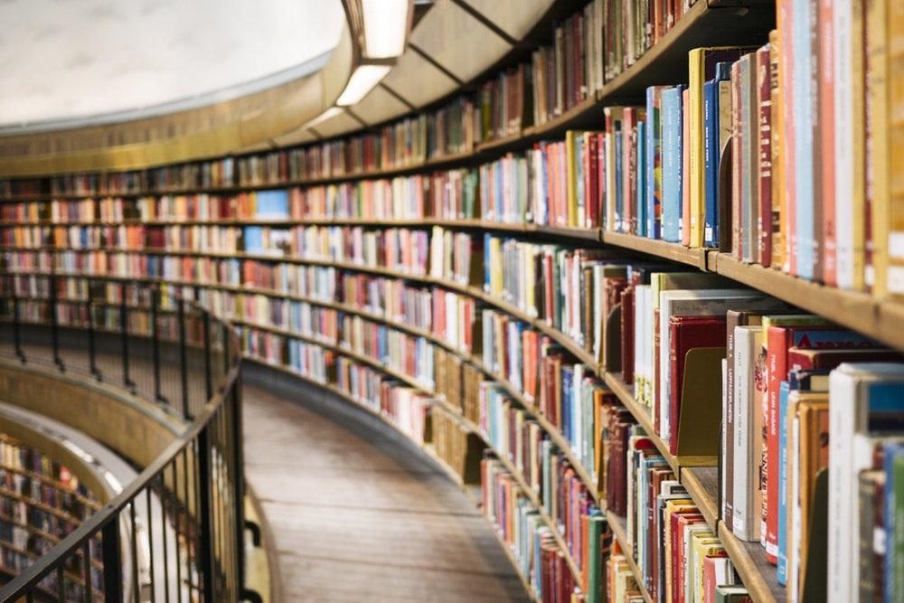 مروری بر پرفروشترین کتابهای سال 97