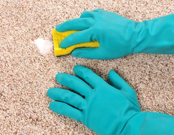 سریعترین روش نظافت تمیز کردن مبل و فرش در خانه تکانی