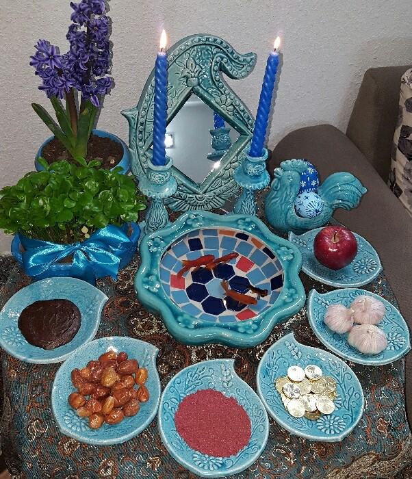 چه رنگ هایی برای ظرفهای سفره هفت سین عید نوروز مناسب است