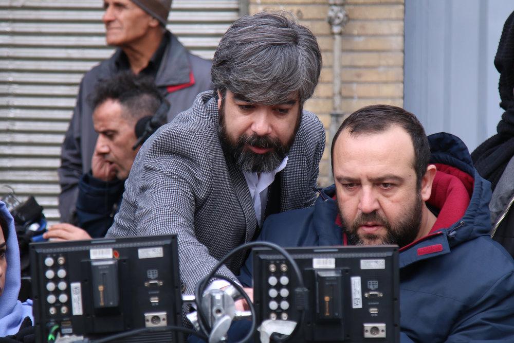 ساعت پخش ،خلاصه و بازیگران سریالهای نوروزی نون-خ ، زوج و فرد و بر سر دوراهی