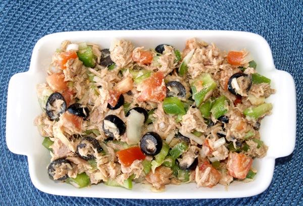 دستور تهیه سالاد تن ماهی و سبزیجات