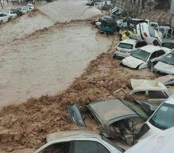 11 کشته در سیل شیراز
