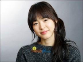 بیوگرافی کامل و عکسهای لی یون هی ، بازیگر نقش جونگ مینوگ