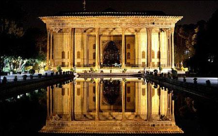 هر آنچه درباره کاخ چهل ستون اصفهان باید بدانید + تاریخچه