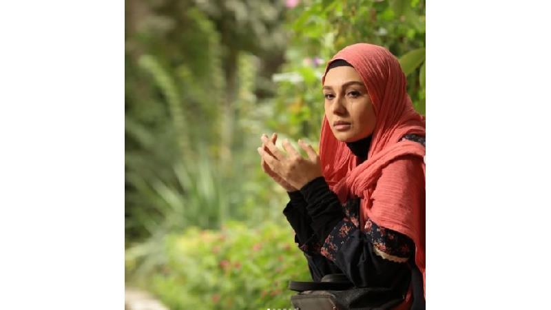 ونوس حسن کانلی بازیگر نقش لیلا در فصل دوم سریال بیگانه ای با من است