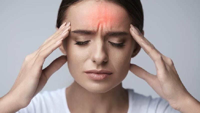 سردردهای هومرمونی چه علایمی دارند