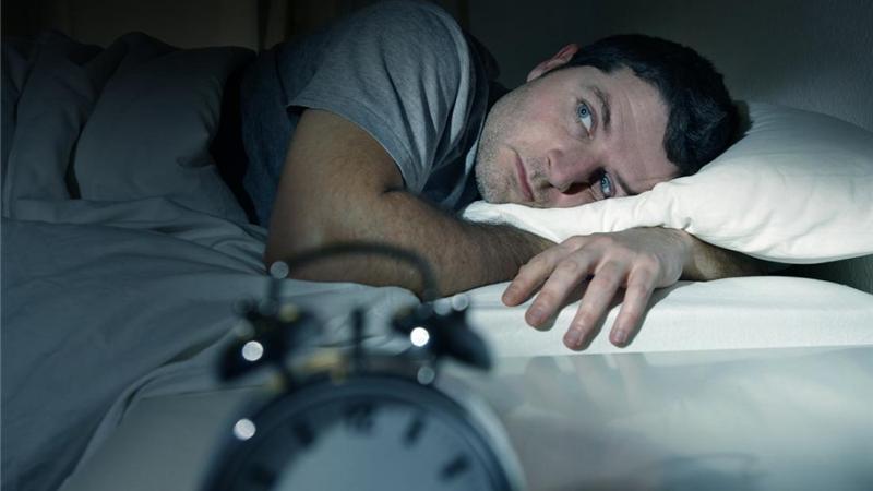 دلیل بیخوابیهای شبانه چیست؟