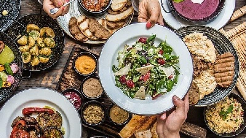 وعده های غذایی در سندروم روده تحریک پذیر چگونه باید باشد