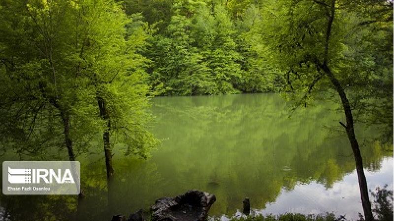 دریاچه میانشه در کجا واقع شده است