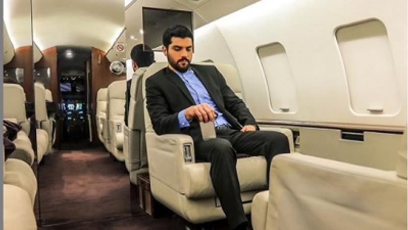 سینا مهراد در نقش حامد در سریال آقازاده