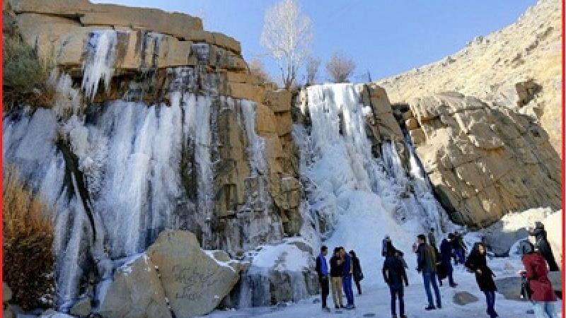 آبشار گنج نامه بسیار زیبا است
