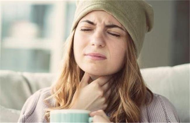 عفونت گلو را با لیمو و عسل درمان کنید