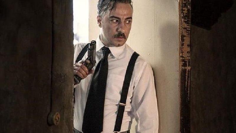 نوید محمزاده در فیلم سرخپوست