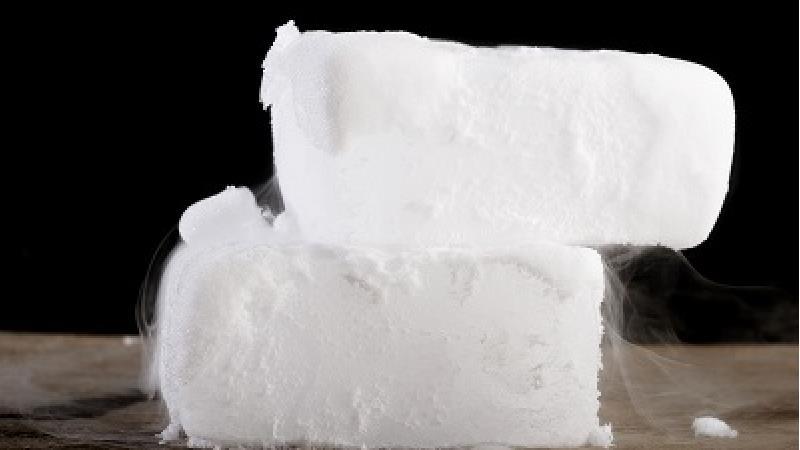 فایده های یخ خشک چیست