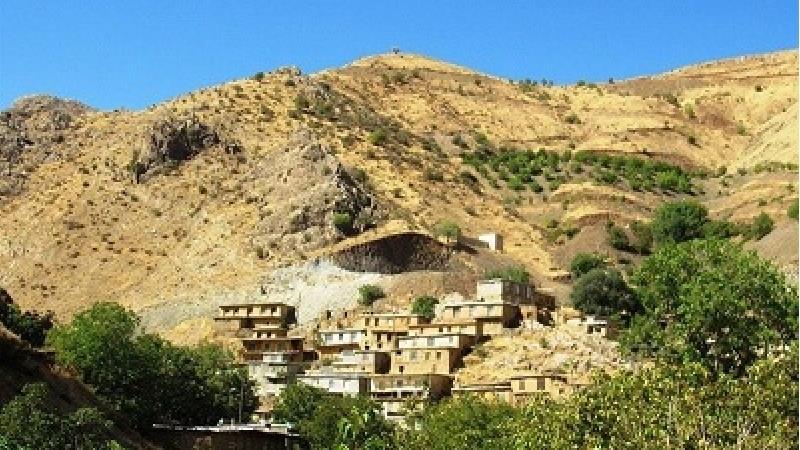 روستان توریور کردستان دارای اقامتگاه بومگردی است