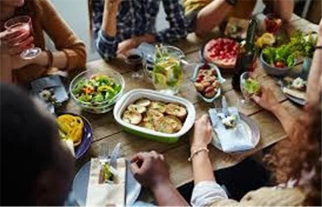 چگونه غذا بخوریم که دچار چاقی شکم نشویم