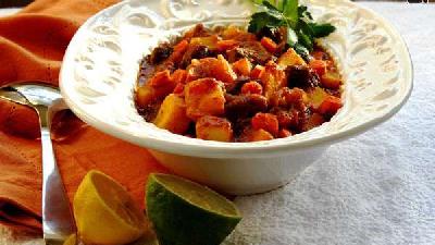 دستور پخت کامل خورشت کدو حلوایی با مرغ یا گوشت