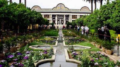 لذت قدم زدن در باغ نارنجستان قوام شیراز