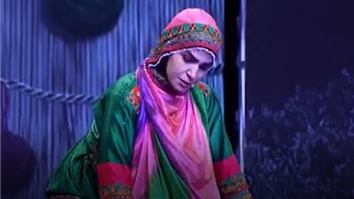 فاطمه رادمنش در مرحله دوم برنامه عصر جدید نقش زنی با شوهر افغانستانی را بازی کرد