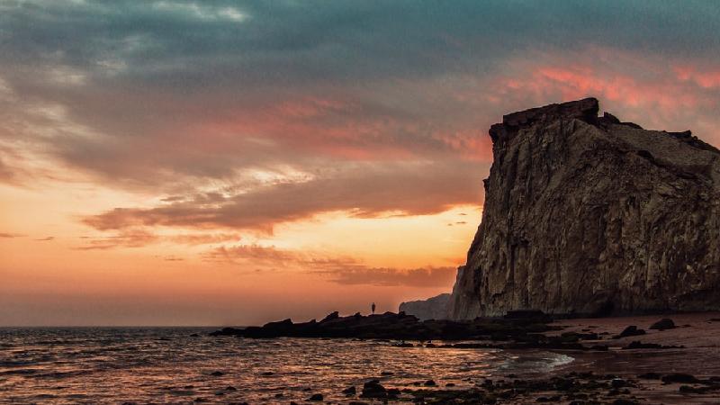 چرا و چگونه به جزیره هرمز سفر کنیم