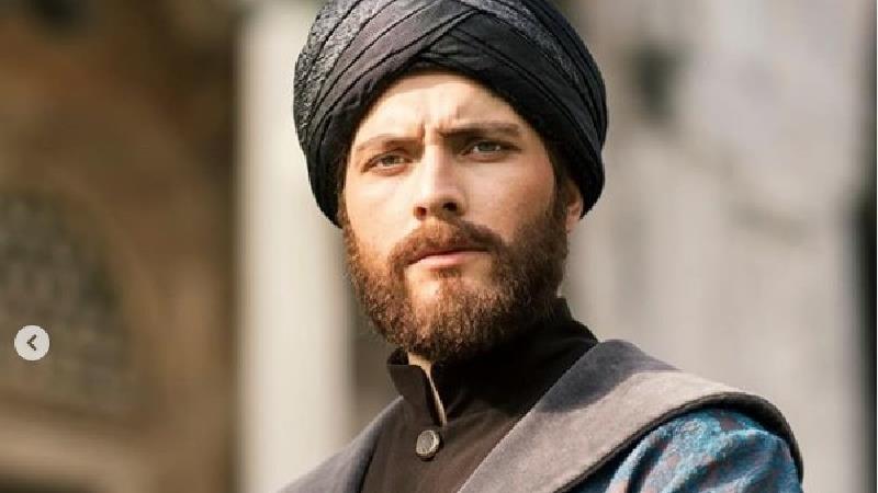بیوگرافی بوراک توزکوپاران بازیگر نقش پسر مولانا در سریال مست عشق