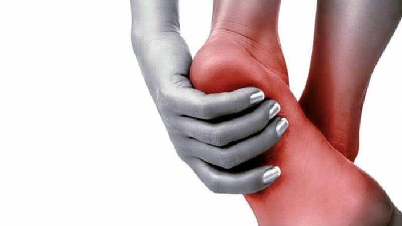 دلایل مختلف درد کف پا