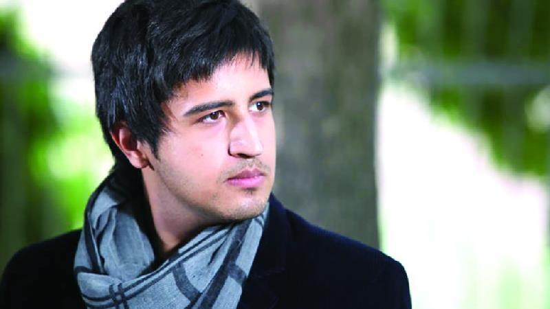 مهرداد صدیقیان بازیگر نقش بهمن در سریال مدینه