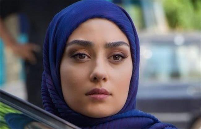 الهام طهموری در سریال شرم نقش لعیا را بازی کرد