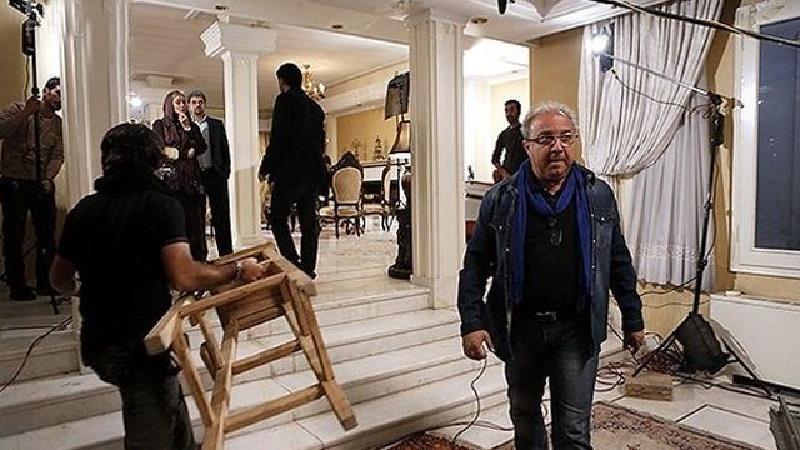 حسین سهیلی زاده قبل از سریال ملکه گدایان فیلم های زیادی ساخته است