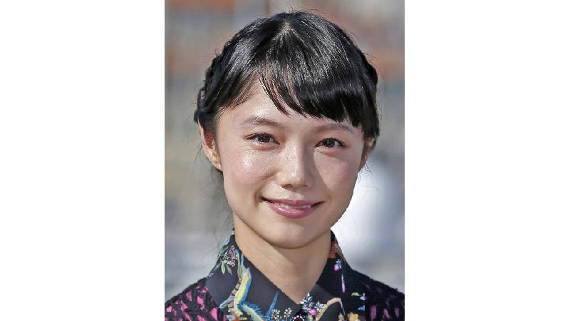 آئویی میازاکی بازیگر ژاپنی نقش هاتسو در سریال آسا