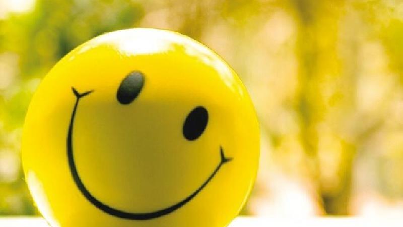 لبخند بزنید تا دیگران شما ر دوست داشته باشند
