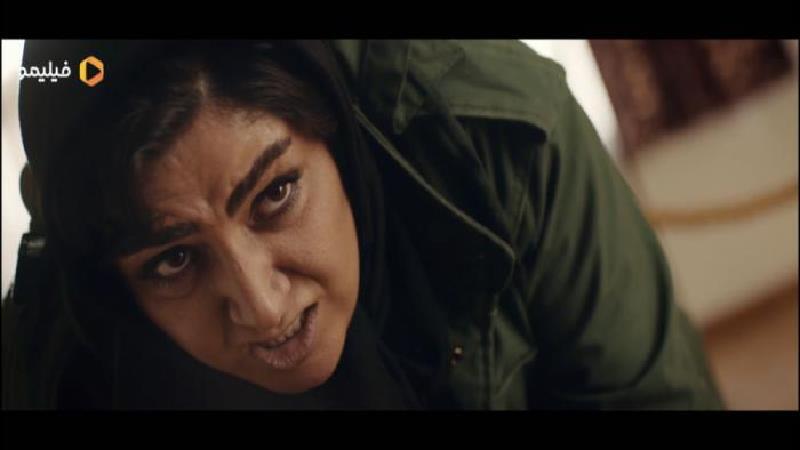 باران کوثری در نقش افرا در سریال ملکه گدایان