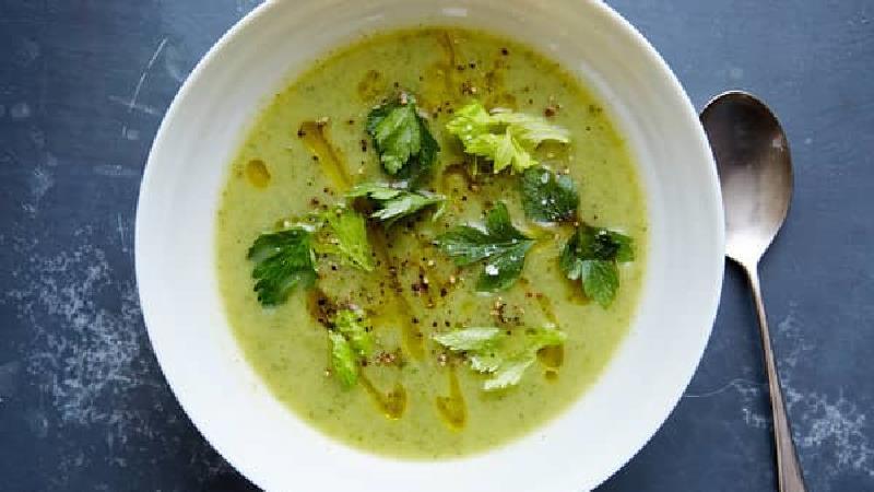 دستور پخت سوپ تره فرنگی چگونه است