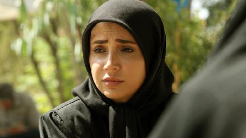 شبنم قلی خانی در نقش نساء در سریال بیگانه ای با من است