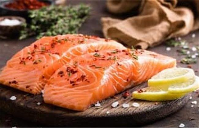 ماهی قزل آلا برای درمان چروک صورت مفید است