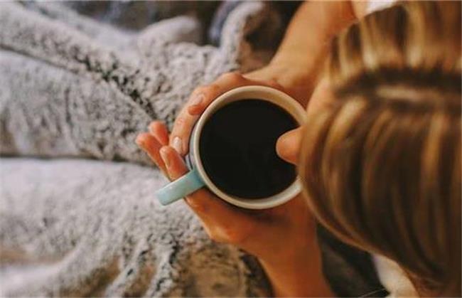 مصرف قهوه در دوران قاعدگی مضر است