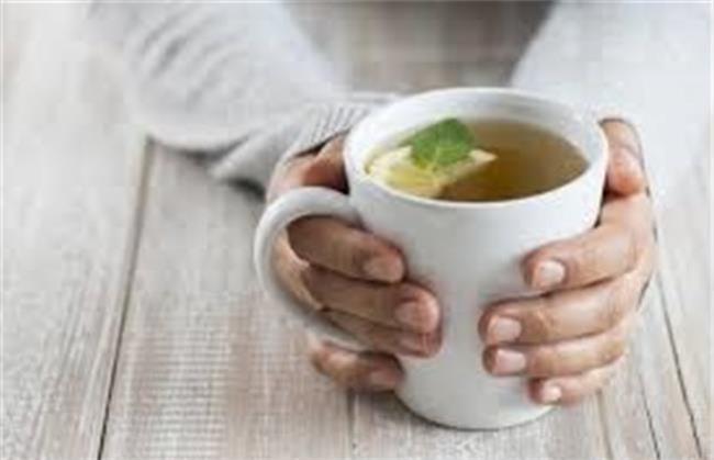 نوشیدن چای سبز در کاهش وزن خانم ها تاثیر دارد