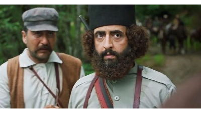 بهروز شعیبی در نقش میرزا کوچک خان