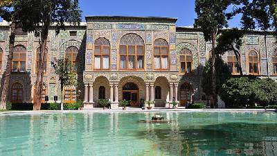 از مجموعه جهانی کاخ موزه گلستان دیدن کنید