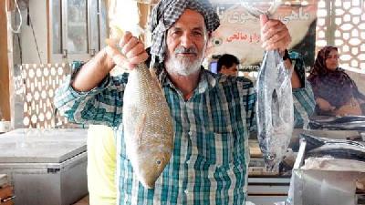 بازار ماهی فروشان بندر خمیر