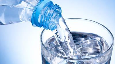 آب خوردن چه فایده ای دارد