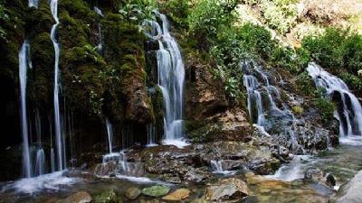 آسارا آبشارهای بسیار زیبایی دارد