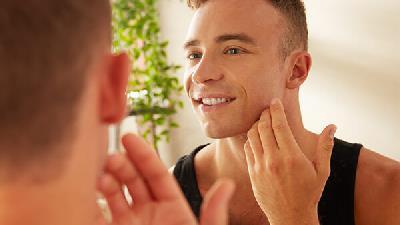 تاثیر ریتنول در جوانسازی پوست چیست