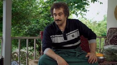 محسن تنابنده در نقش نقی در سریال پایتخت